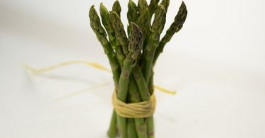 can rabbits eat asparagus